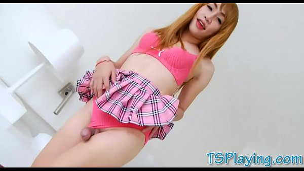 Ladyboy solo, Asian shemale