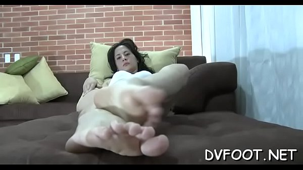Beauty, Foot job
