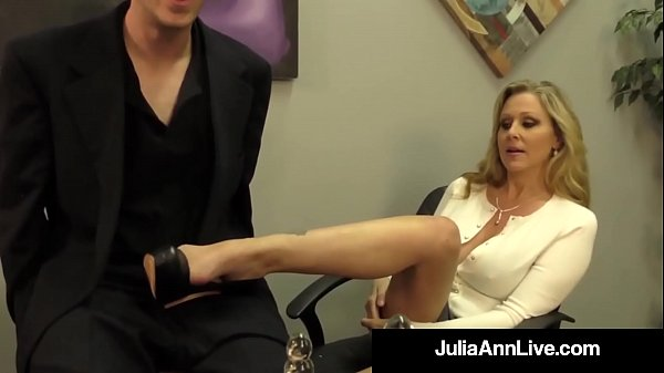 Julia ann, Julia, Vaginas