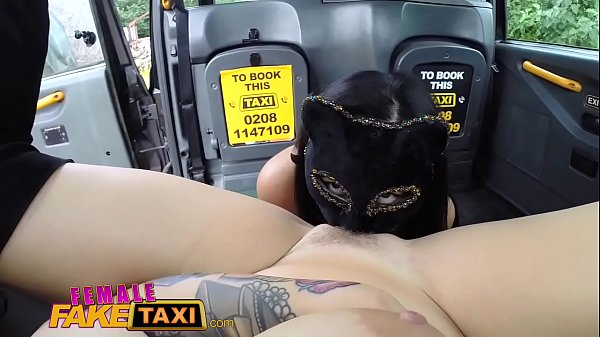 Fishnets, Fake taxi